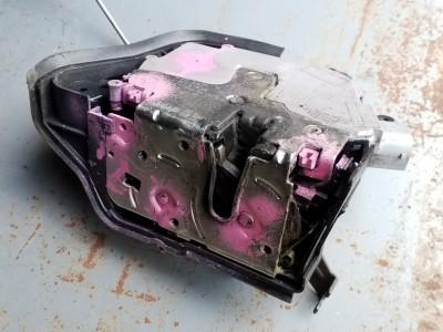 bontott zár / zárszerkezet BMW 3 Compact IV (E46) R/242#6479 raktárazonosítóval