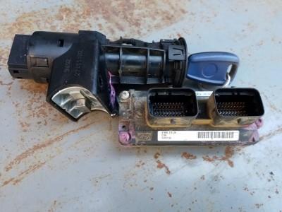 bontott motorvezérlő szett, gyújtáskapcsoló FIAT PUNTO II (188_) R/243#6427 raktárazonosítóval