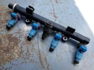 bontott befecskendező szelepek / injektor híd FIAT PUNTO II (188_) R/243#6425 raktárazonosítóval