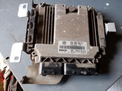 bontott motorvezérlő egység VW CADDY III (2KB, 2KJ, 2CB, 2CJ) R/245#6416 raktárazonosítóval