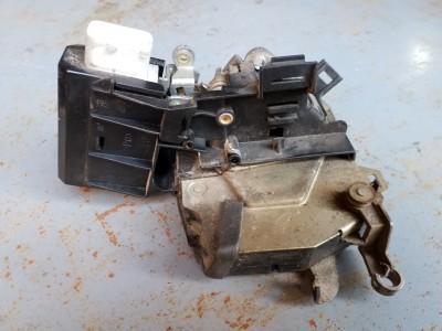 bontott zár / zárszerkezet BMW 5 - IV (E39) R/244#6360 raktárazonosítóval