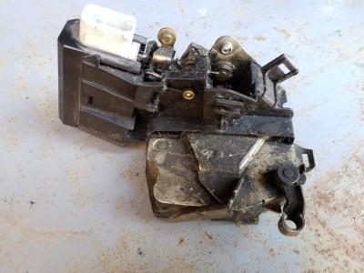 bontott zár / zárszerkezet BMW 5 - IV (E39) R/247#6358 raktárazonosítóval