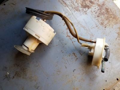 bontott üzemanyag szivattyú / benzinszivattyú AUDI A4 (8D2, B5) R/248#6336 raktárazonosítóval
