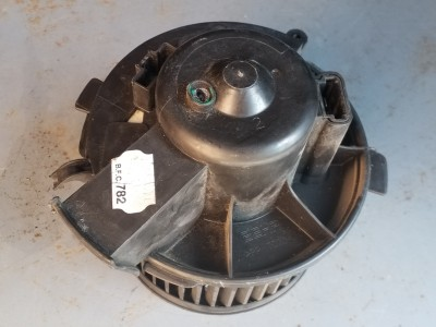 bontott fűtőmotor PEUGEOT 307 (3A/C) R/256#6171 raktárazonosítóval