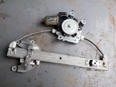 bontott ablakemelő szerkezet plusz motor NISSAN X-TRAIL (T30) R/267#5951 raktárazonosítóval