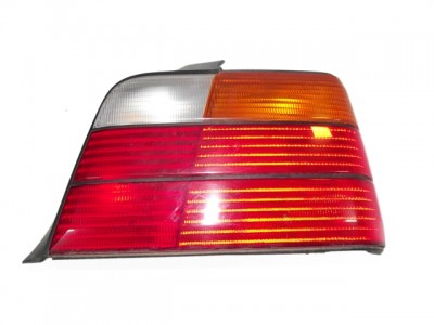 bontott hátsó lámpa BMW 3 (E36) 106/GY01774 raktárazonosítóval