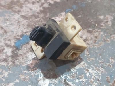 bontott ablakemelő kapcsoló CHRYSLER STRATUS (JA) R/034#5613 raktárazonosítóval