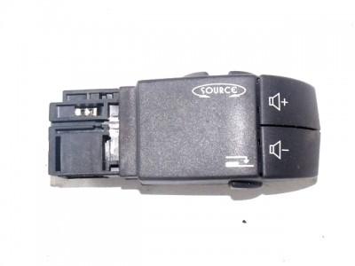 bontott rádió vezérlő kapcsoló RENAULT LAGUNA II Grandtour (KG0/1_) 35/T00532 raktárazonosítóval
