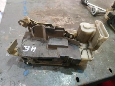 bontott zár / zárszerkezet FIAT PUNTO II (188_) R/016#5214 raktárazonosítóval