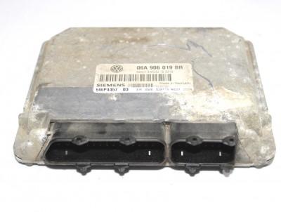 bontott motorvezérlő egység SEAT TOLEDO II (1M2) 241/GY05807 raktárazonosítóval