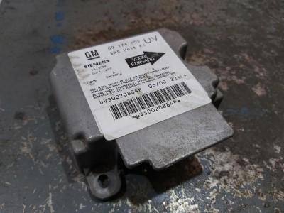 bontott légzsák vezérlő / indító OPEL ZAFIRA A (F75_) R/026#5445 raktárazonosítóval