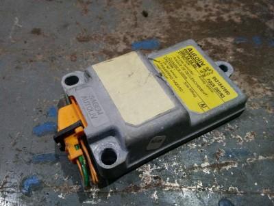 bontott gyorsulás érzékelő PEUGEOT 406 (8B) R/025#5422 raktárazonosítóval
