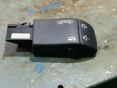 bontott rádió vezérlő kapcsoló RENAULT CLIO II (BB0/1/2_, CB0/1/2_) R/231#4435 raktárazonosítóval
