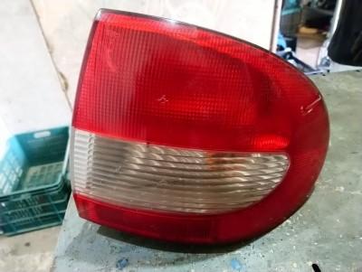 bontott hátsó lámpa RENAULT MEGANE I Classic (LA0/1_) R/020#5274 raktárazonosítóval