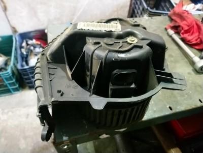 bontott fűtőmotor RENAULT SCÉNIC II (JM0/1_) R/024#5380 raktárazonosítóval