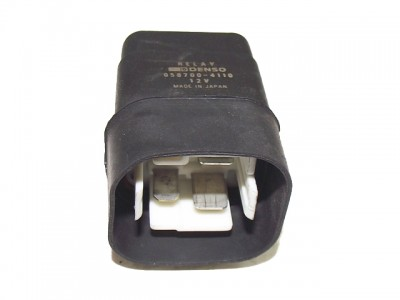 bontott relé MAZDA 323 S V (BA) 284/GY04061 raktárazonosítóval