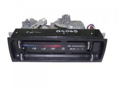 bontott fűtéskezelő panel MAZDA 323 S V (BA) 285/GY04069 raktárazonosítóval
