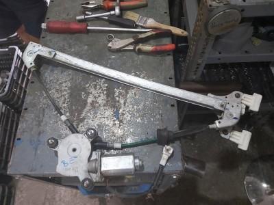 bontott ablakemelő szerkezet plusz motor SUZUKI WAGON R+ (MM) R/040#5516 raktárazonosítóval