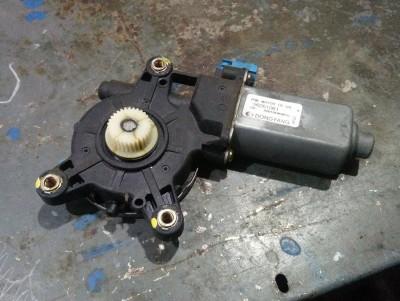 CHEVROLET TACUMA (U100) 1.6 jobb hátsó ablakemelő motor