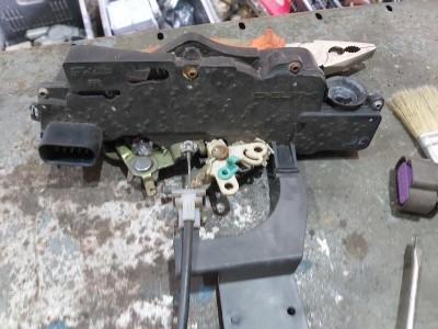 FIAT STILO (192_) 1.6 16V (192_XB1A) jobb első zár / zárszerkezet