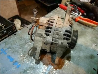 MITSUBISHI COLT IV (CA_A) 1.6 GLXi 16V (CA4A) generátor