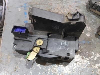 OPEL ZAFIRA A (F75_) 1.8 16V jobb első zár / zárszerkezet