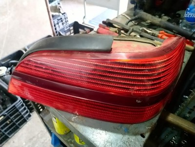PEUGEOT 406 (8B) 2.0 16V jobb hátsó lámpa