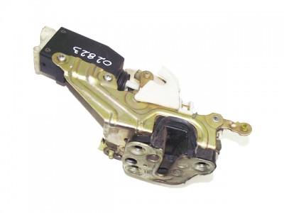 SAAB 900 II 2.5 -24 V6 jobb első zár, zárszerkezet
