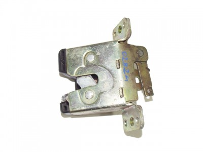 SAAB 900 II 2.5 -24 V6 csomagtér ajtó zár