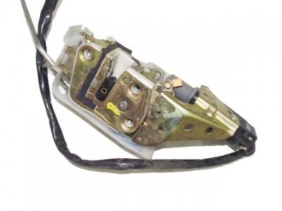 MAZDA 323 S V (BA) 1.5 16V bal első zár/zárszerkezet