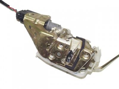 MAZDA 323 S V (BA) 1.5 16V jobb első zár/zárszerkezet